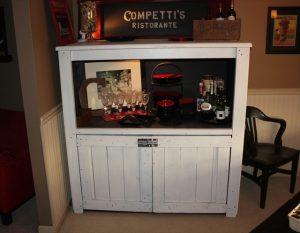 wooden pallet cupboard