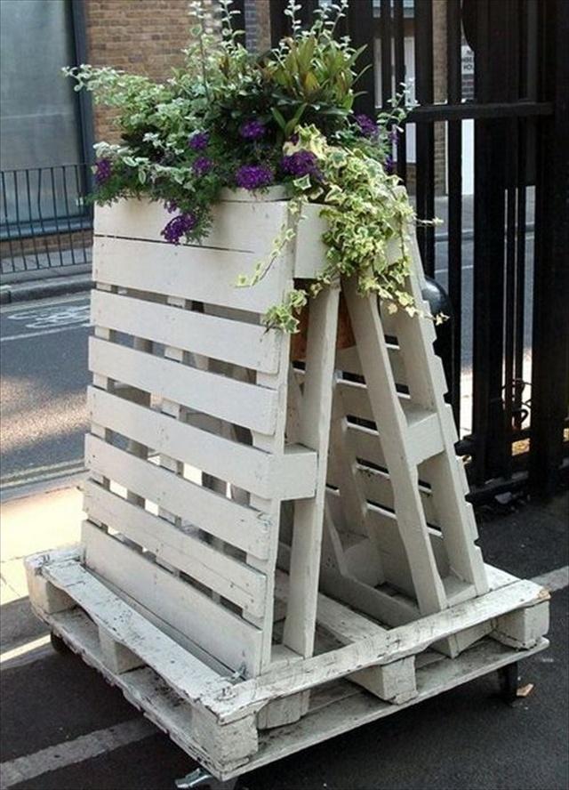 pallet vertical garden