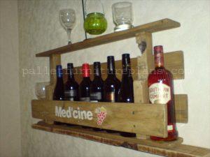 Rustic Repurposed Pallet Wine Rack