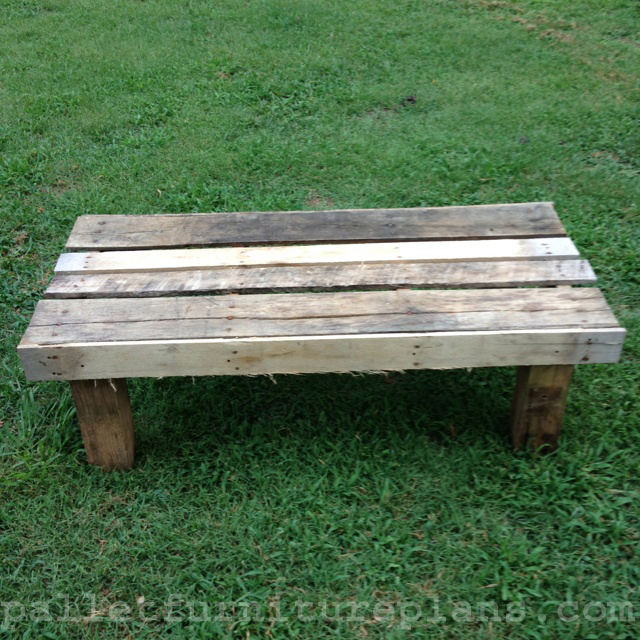 15 Diy Outdoor Pallet Bench