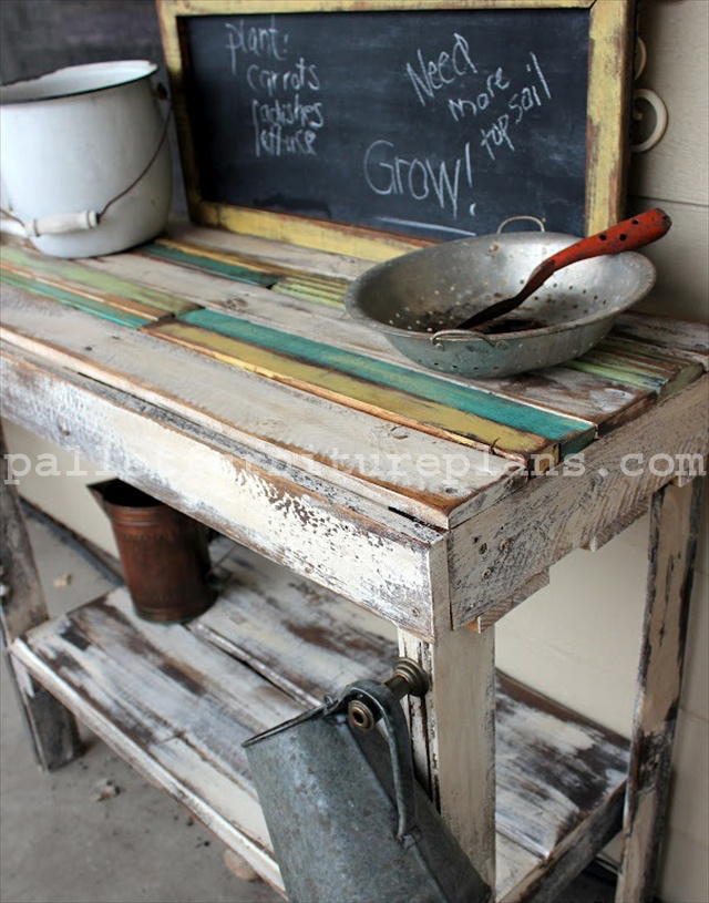DIY Pallet Potting Bench Ideas