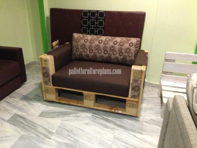 pallet sofa chair