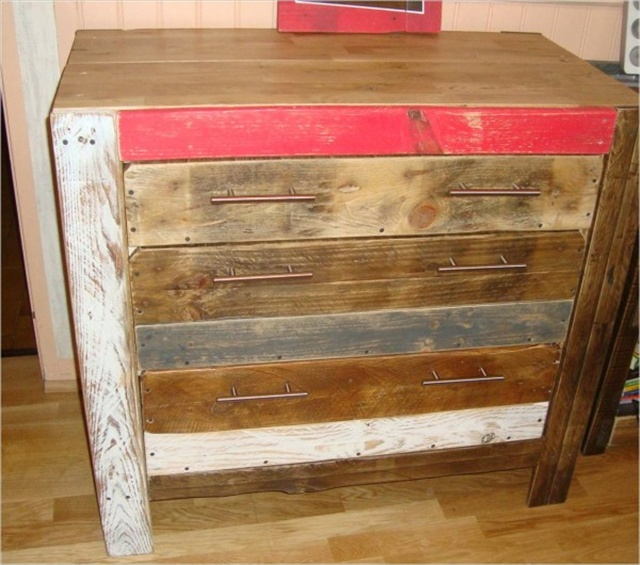 Interesting DIY Wooden Furniture | Pallet Furniture Plans