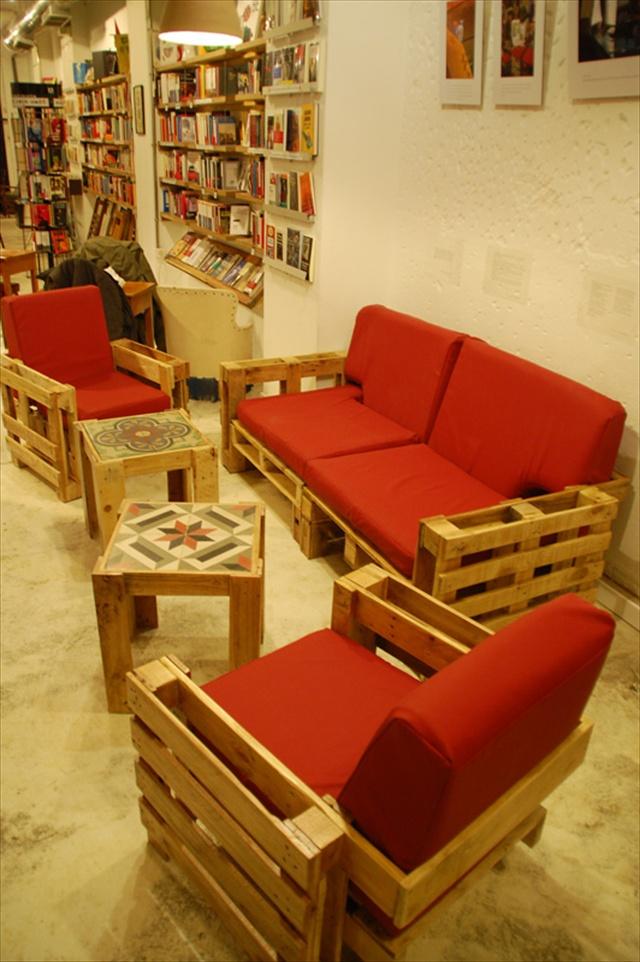 Wonderful Pallets Living Furniture | Pallet Furniture Plans on Pallet Room  id=77432
