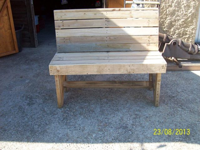 Diy Pallet Bench Instructions Pallet Furniture Plans