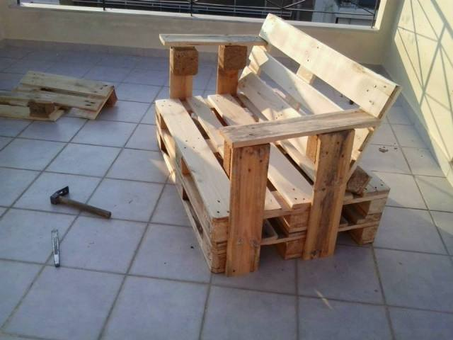 Pallet Bench Chair