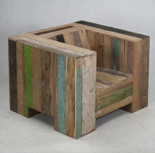 chair made from pallets wood