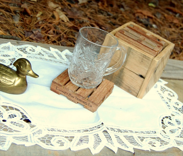 DIY Pallet Drink Coaster