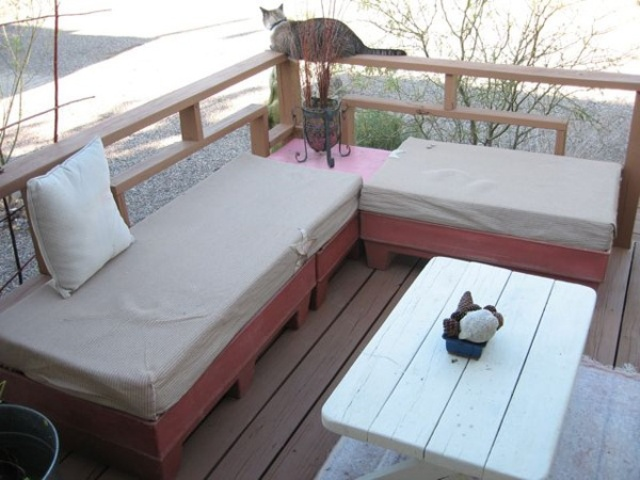 Terrace Pallet Couch Outdoor