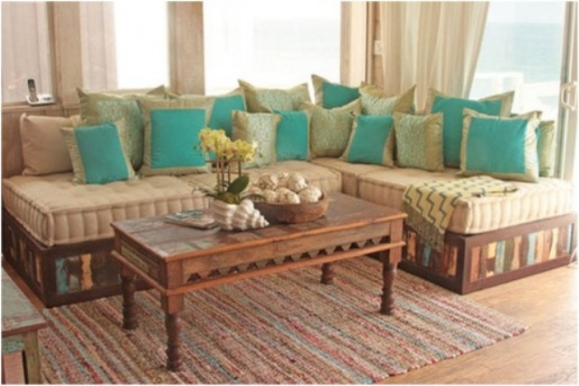 20 Cozy DIY Pallet Couch Ideas Pallet Furniture Plans : pallet couch 4 from palletfurnitureplans.com size 640 x 426 jpeg 92kB