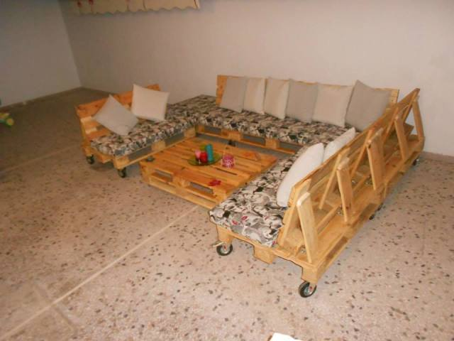 Pallet table and pallet sectional sofa