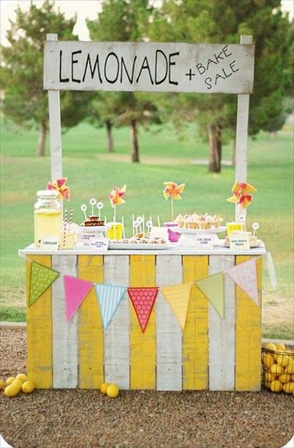 DIY Awesome Lemonade Stand