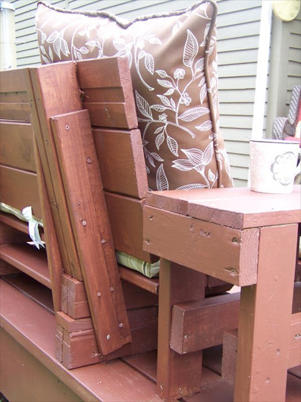Wooden Pallet Bench Seat
