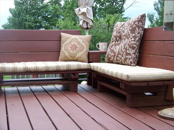 Garden Benches From Pallets