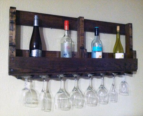 Pallet Bottle Rack with Glass
