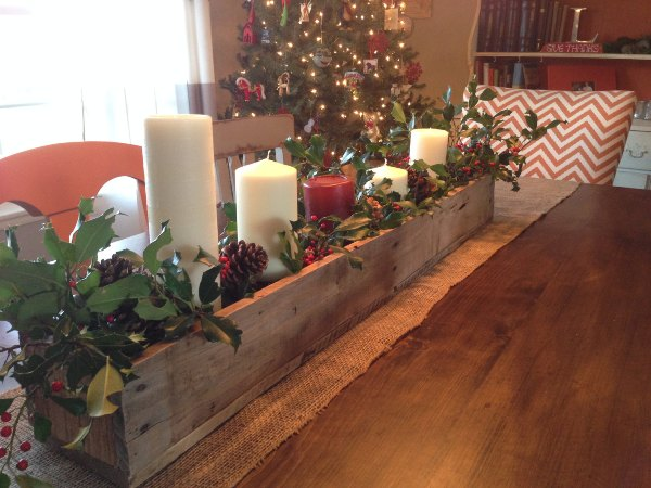 DIY Pallet Centerpiece Box Furniture Plans