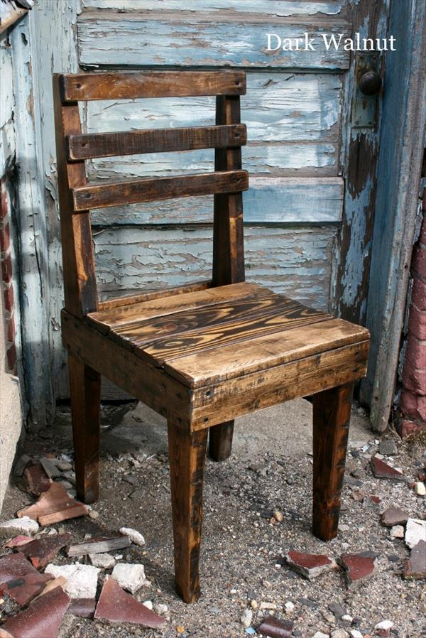 Pallet DIY Chair