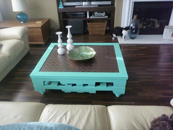 Unique Pallet Coffee Table