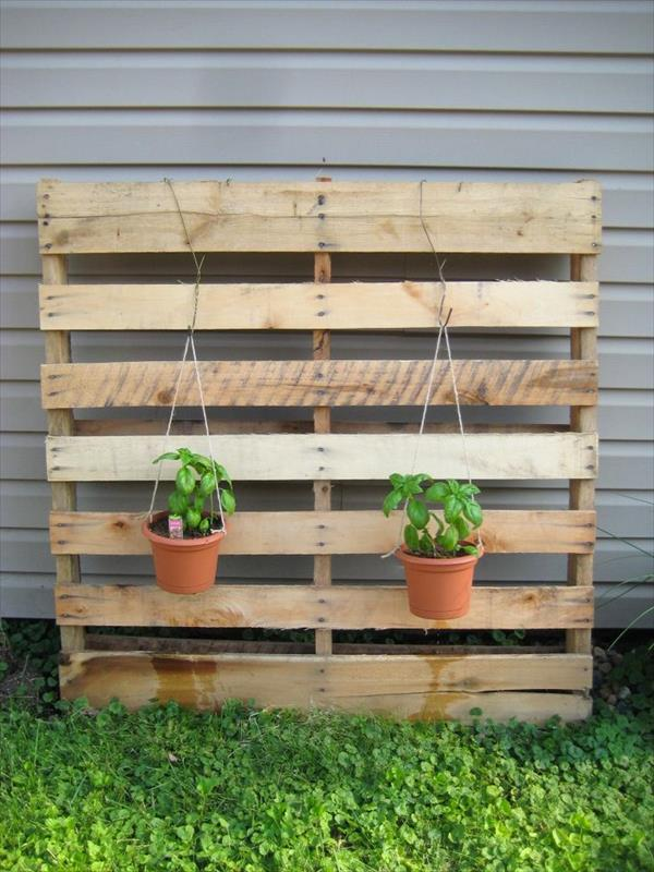 Pallet Garden Landscaping with Pallets Pallet