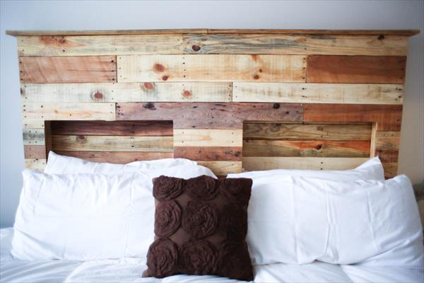 Diy pallet headboard pallet furniture plans for How to make a wood pallet headboard