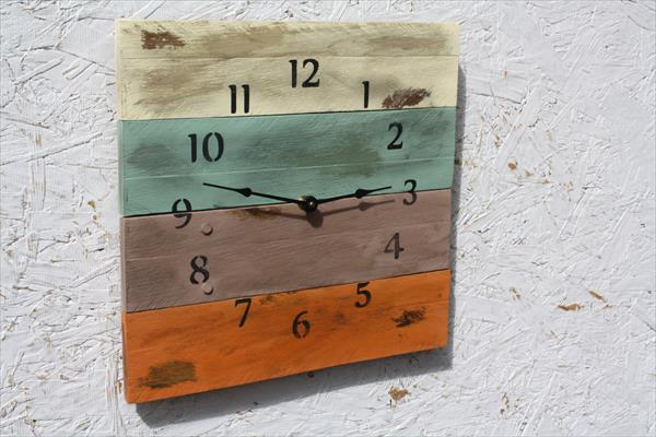 DIY Pallet Wood Clock