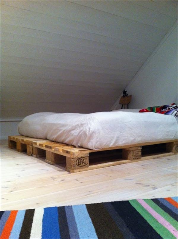 diy wooden pallet beds furniture plans - Inexpensive Bed Frames