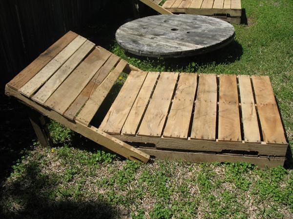lounger out of pallet