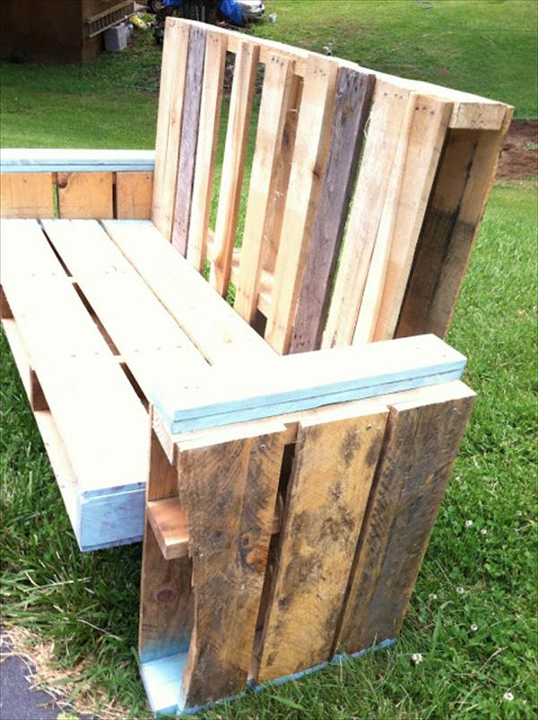 attachment of pallet boards