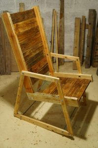 DIY Pallet Wood Rocking Chair