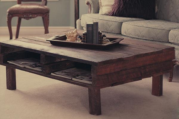 Rustic Coffee Table From Wooden Pallets
