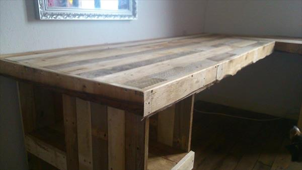 joining of pallets for computer desk