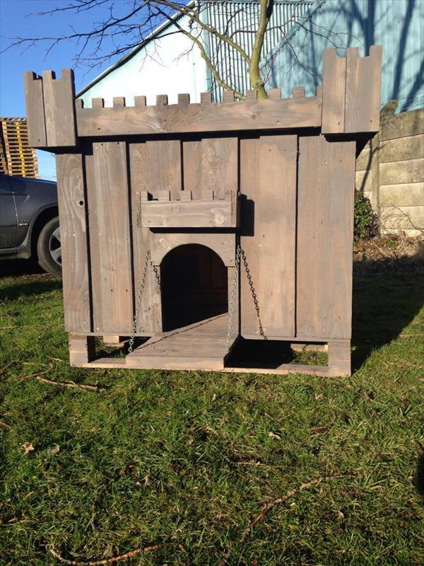 Cool Pallet Dog House Diy Pallet Furniture Plans