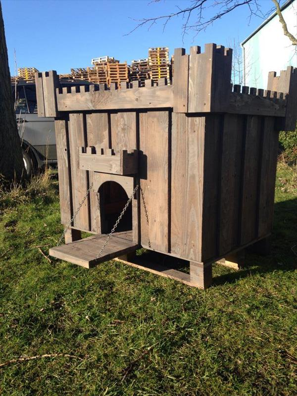 recycled diy pallet dog house