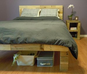 repurposed pallet nightstand