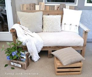 DIY Outdoor Pallet Wood Sofa