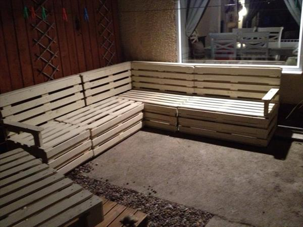 Diy Pallet Sectional Sofa And Table Ideas