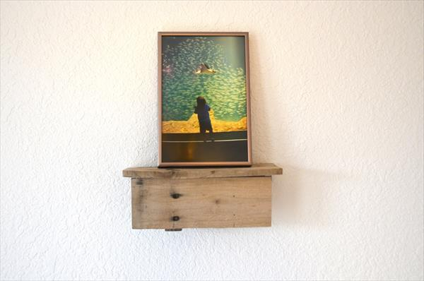 repurposed pallet picture shelf