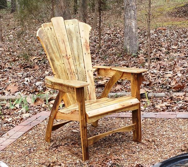 regained pallet adirondack chair
