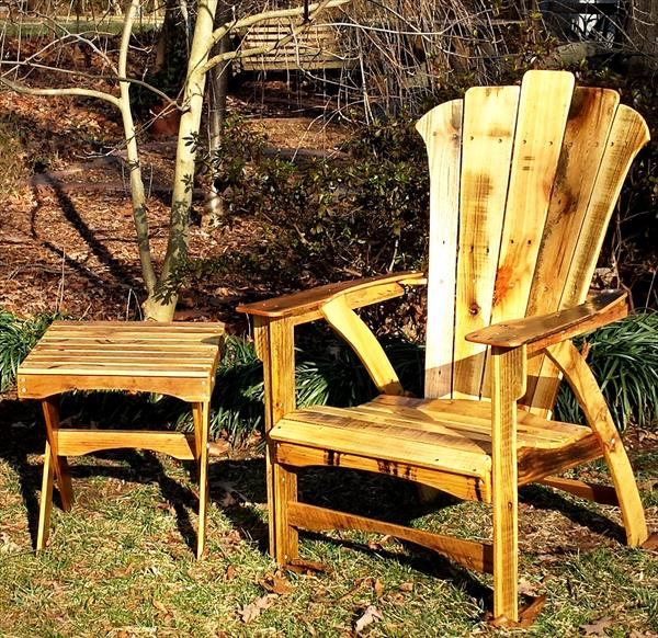 upcycled pallet adirondack chair with table