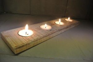 reclaimed pallet candle holder