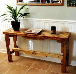 DIY Chevron Top Pallet Sofa Side Table