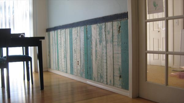 reclaimed pallet wainscoting