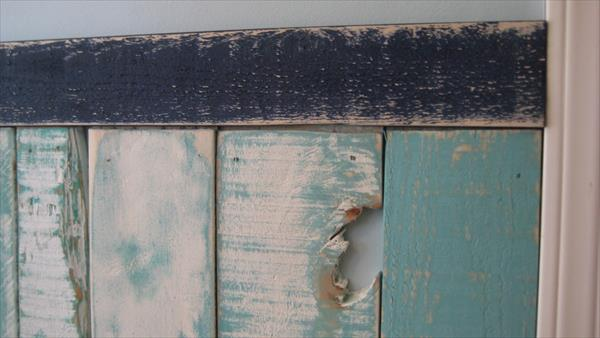 upcycled pallet wainscoting