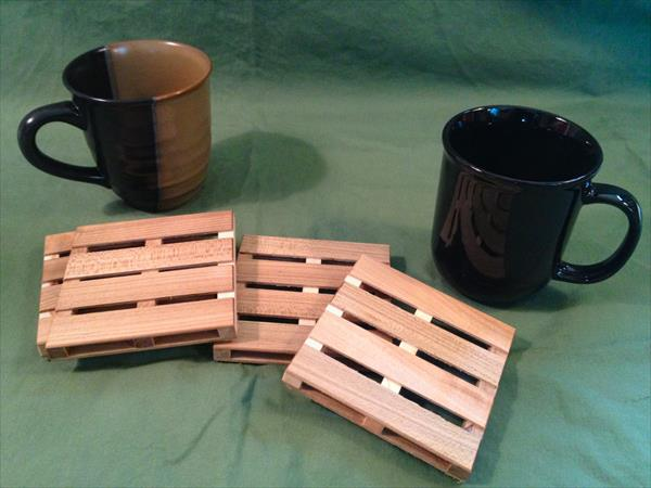 reclaimed pallet mini coasters