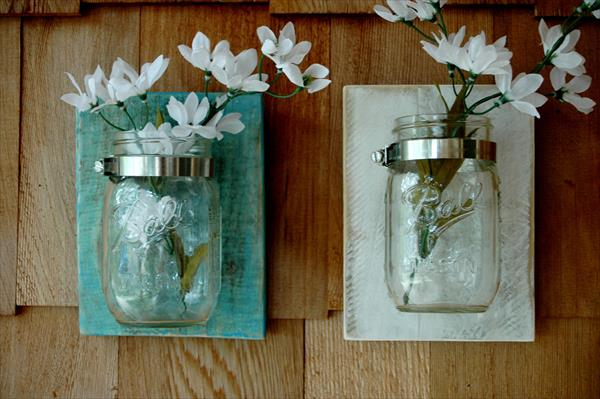 recycled pallet mason jar flower holder