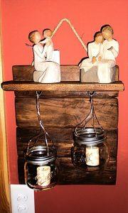 recycled pallet shelf with mason jar