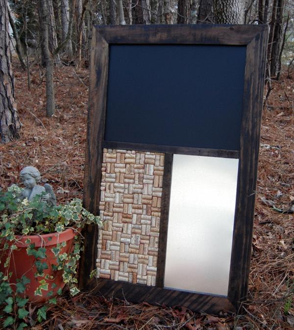recycled pallet message center