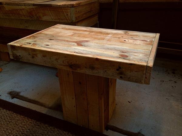 DIY Mini Pallet Pedestal Coffee Table Pallet Furniture Plans
