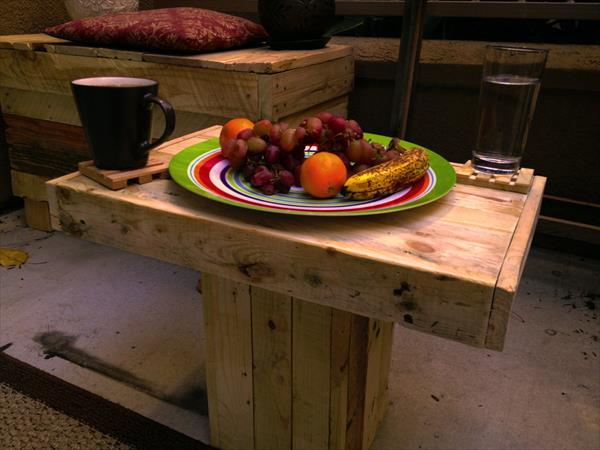 upcycled pallet pedestal coffee table