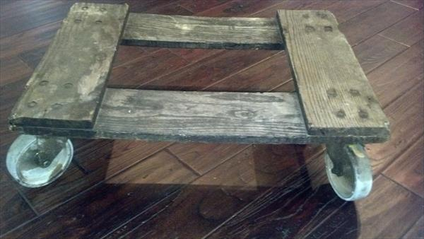 recycled rustic pallet rolling cart